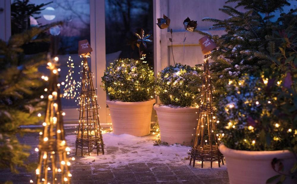 Comment décorer un jardin de Noël?